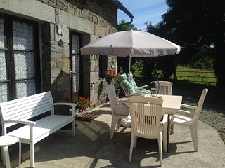 2 bedroom country cottage with stunning views in rural Normandy, sleeps 4/5 - Champrepus vacation rentals