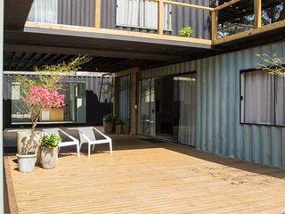 Villas Container Floripa - Casa 2 - Rio Tavares vacation rentals