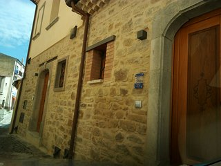 Nice House with Television and Mountain Views - Cairano vacation rentals