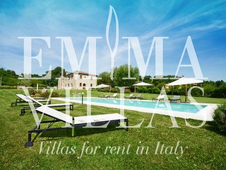 Comfortable Villa with Internet Access and A/C - San Giovanni d'Asso vacation rentals