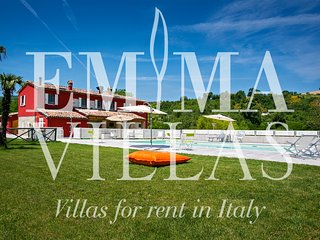 Nice 6 bedroom Villa in Pesaro - Pesaro vacation rentals