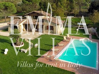 Lovely Villa with Internet Access and A/C - Gaglietole vacation rentals