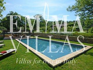 Perfect 5 bedroom Parrano Villa with Internet Access - Parrano vacation rentals