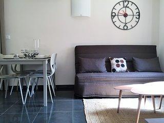 Cozy 2 bedroom Condo in Beausoleil - Beausoleil vacation rentals