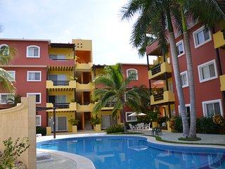 Beautiful Santa Cruz Condo near beach - Huatulco vacation rentals