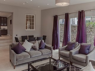 The West End Residence at Great Stuart Street - The Edinburgh Address - Edinburgh vacation rentals
