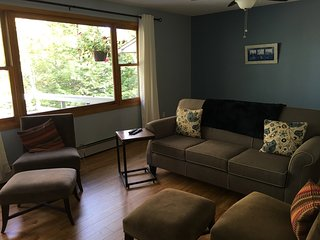 Lovely home on quiet  street downtown Fredericton - Fredericton vacation rentals
