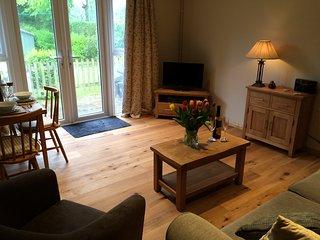 Stunning cottage walking distance Bewl Water & pub - Ticehurst vacation rentals