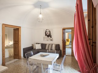 Romantic Condo with Internet Access and A/C - Monopoli vacation rentals