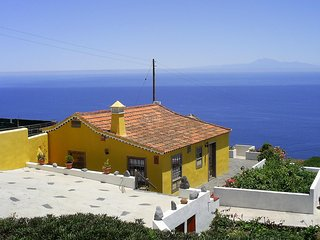 Charming Country house Villa de Mazo, La Palma - Malpaises vacation rentals