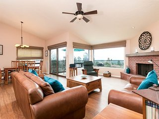 3BR, 2.5BA Ventura House with Ocean Views, Enclosed Patio, Gourmet Kitchen - Ventura vacation rentals