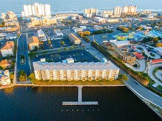 2 br Bay Front at 32nd Street. - Ocean City vacation rentals