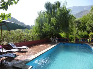 Bright 3 bedroom Villa in Ourika with Internet Access - Ourika vacation rentals