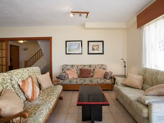 Perfect Condo with Shared Outdoor Pool and Television - Playa de Gandia vacation rentals