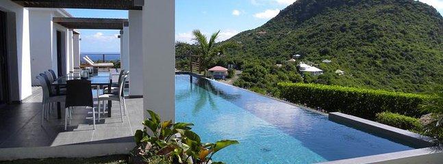 Villa Valley 2 Bedroom SPECIAL OFFER - Vitet vacation rentals