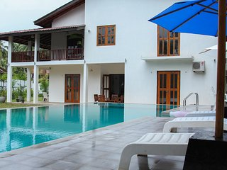 Amazing Deluxe Villa with 5 Star Category - Hikkaduwa vacation rentals