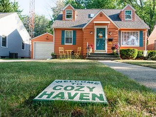 Cozy Haven. Close to Beach, Kids Corner, and Downtown. - South Haven vacation rentals
