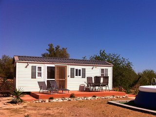 Cabin Tivissa: for 6 people with splash pool! - El Perello vacation rentals