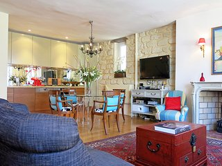 Prestige Luxembourg Pantheon - Paris vacation rentals