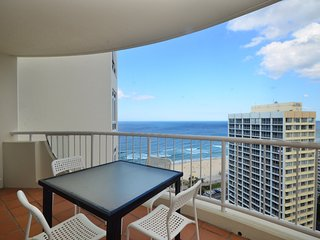 GREAT FOR A LARGE FAMILY OCEAN VIEWS 3 BED a287 - Surfers Paradise vacation rentals