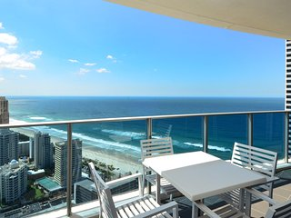 2 BEDROOM LUXURY 100 METRES FROM BEACH a23802 - Surfers Paradise vacation rentals