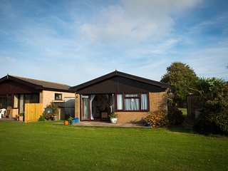 2 bedroom bungalow in a holiday park - Saint Margaret's at Cliffe vacation rentals