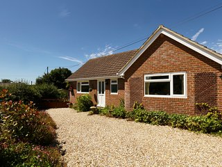 'Lilac Lea'- Bungalow for two in rural setting - Bere Regis vacation rentals