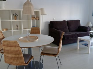 Comfortable apartement 50 meters from the beach - Roses vacation rentals