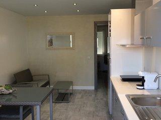 Remplacer l'hotel par un appartement tout équipé - Saint-Rambert-d'Albon vacation rentals