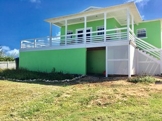 Sugar Apple Villa - Amazing Ocean Views - Rainbow Bay vacation rentals
