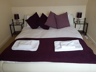 ServicedLets Walkers Court - Cirencester vacation rentals