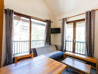 Cozy 2 bedroom Montgenevre Apartment with Television - Montgenevre vacation rentals