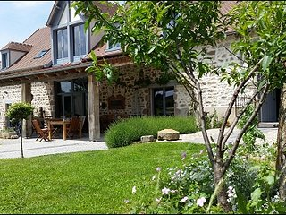 Adorable Beaune vacation Gite with Internet Access - Beaune vacation rentals