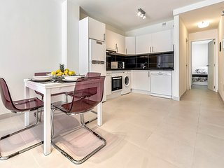 Hortensia №2 2 bedrooms, 100m to the beach, WiFi - Los Cristianos vacation rentals