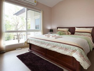Spacious & Cozy 3-Bdrm House Loaded with Amenities - Saraphi vacation rentals