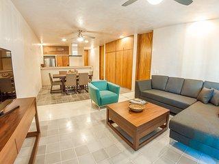 SABOR A MIEL 302 / CLOSE TO 5TH AVENUE, THE BEACH, - Playa del Carmen vacation rentals