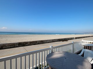 Ocean Front with Huge Private Patio! Family and Kid-friendly! - Mission Beach vacation rentals