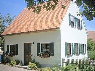 Ferienhaus Nähe Nürnberg, Wlan Free - Neuendettelsau vacation rentals