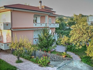 Comfortable 1 bedroom Marina di Ascea House with Deck - Marina di Ascea vacation rentals