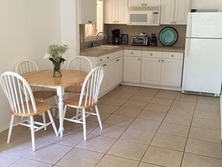 Tropical Paradise and Perfect for Surfers - Haleiwa vacation rentals