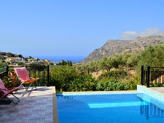 Villa with private pool & great sea view,3 bedrooms,Wifi, BBQ & outdoor kitchen - Ravdoucha vacation rentals