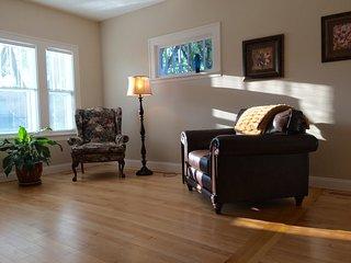 Serenity On 7th, South Fargo's Historic District - Fargo vacation rentals