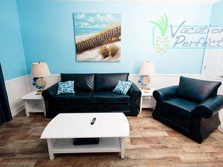 Beautifully Decorated 1 Bedroom + Bunks, Sleeps 4 - Panama City Beach vacation rentals