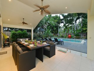 Red Anchor, 30 Mudlo Street - 5 Bedroom House Close To Town - Port Douglas vacation rentals