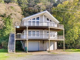 Dog-friendly oceanfront home w/ fantastic views, entertainment - close to beach! - Barview vacation rentals