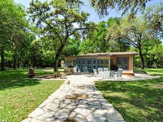 2 bedroom House with Internet Access in San Antonio - San Antonio vacation rentals