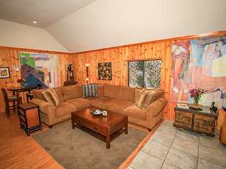 Charming Sugarloaf House rental with Fireplace - Sugarloaf vacation rentals