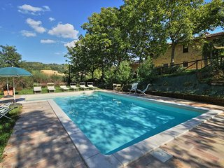Nice Villa with Internet Access and Fireplace - Serra San Quirico vacation rentals