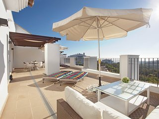 Luxury penthouse in natural surroundings - Elviria vacation rentals
