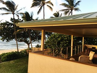 Beachfront at Banzai Pipe|The Pipeline Manor - Haleiwa vacation rentals